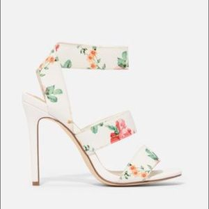 Just fab make a scene white heeled sandals floral